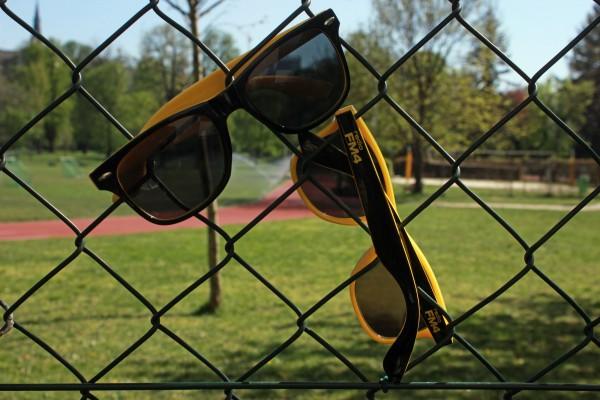 FM4 Sonnenbrille schwarz/gelb